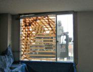 某ビル ゴンドラを使用した ガラス割れ替え作業 施工前